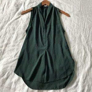 aritizia // wilfred sleeveless popover top